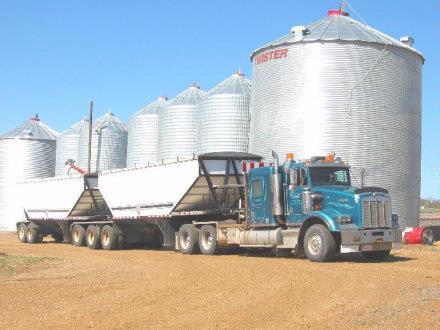 Kenworth Hauling Seed grain 2005